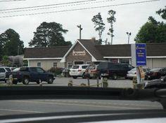 Maria's Restaurant and Pizza: Chincoteaque Island VA