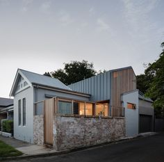 Machiya House / Downie North Architects Completed in 2019 in Balmain Australia. Images by Katherine Lu. Machiya House beautifully blends old with new in a Sydney heritage setting. Inspired by the traditional Japanese townhouses (Machiya) of Kyoto its. Architecture Awards, Interior Architecture, Landscape Architecture, Timber Battens, Ground Floor Plan, The Design Files, Brick Wall, Cladding, Future House