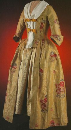 """Gown. Robe a L'anglaise. Norwich, England. 1750-1765. Wool damask, brocaded with wool. Acc # 1988-223 """"What Clothes Reveal"""" by Linda Baumgarten, Colonial Williamsburg Foundation."""