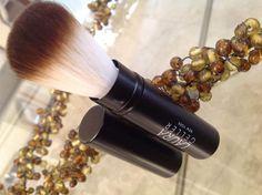 Laura Geller Retractable Powder Brush - Brand new. #LauraGeller