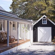 Some of my fav things - Weatherboards , verandahs and a sweet little barn garage at the gorgeous 💙 Country Cottage, Modern Farmhouse, House Exterior, Weatherboard House, House Inspiration, Barns Sheds, House Colors, House, Garage Doors