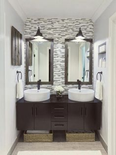 mesmerizing bathroom decor and tiles lovely tiles for bathroom cosy bathroom decor arrangement ideas with tiles. Cosy Bathroom, Rustic Bathroom Vanities, Small Bathroom, Master Bathroom, Feminine Bathroom, Bedroom Vanities, Mirror Bathroom, Bathroom Plants, Chic Bathrooms