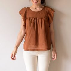 """Blouse """"M comme macumba"""" par Aime comme Marie Peplum Top Outfits, Boho Outfits, Fashion Outfits, Women's Fashion, Clothing Items, Clothing Patterns, Magazine Couture, Aime Comme Marie, Diy Mode"""