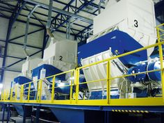 Three pre shredders for shredding of municipal solid waste. Installed in germany Waste To Energy, Wood Waste, Industrial Waste, Germany, Technology, Tecnologia, Tech, Deutsch, Engineering