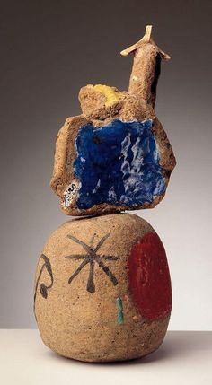 Joan Miró sobre pieza elaborada por Llorens Artigas, ceramista