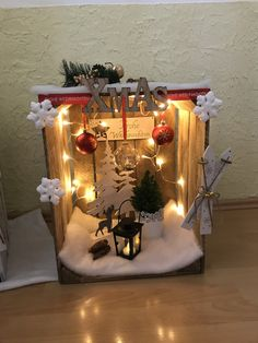 - Eingang - Dekoration Hauseingang - The Effective Pictures We Offer You About entrance room A quality picture can tell you many things. You can find the Christmas Time, Christmas Crafts, Xmas, Diy Crafts To Do, Holiday Wallpaper, Diy Porch, Theme Noel, House Entrance, Christmas Background
