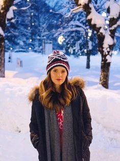 Welcome 2018 Welcome 2018, Winter Hats, My Style, Fashion, Moda, Fashion Styles, Fashion Illustrations, Fashion Models