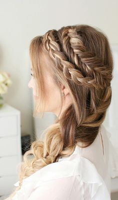 8 Halo Braid Hairstyles That Look Fresh And Elegant. It doesn't matter if you're into messy hair, buns, headbands or half updos. Adding a halo braid to your every day style will give a fresh vibe that can be elegant or edgy depending on the occasion and the styling. You can rock a dutch, fishtail, or milkmaid braid at weddings, festival, concerts, or just during summer and spring vacations.