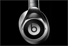 Monster Beats by Dr.Dre Executive Silver edition