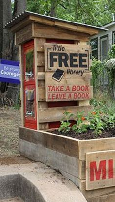 Especially with the planter attached. Fill with a grass/perennials Little Free Library Plans, Little Free Libraries, Little Library, Library Signs, Library Books, Little Free Pantry, Library Inspiration, Library Ideas, Street Library