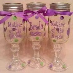 These are gonna be at my wedding! Pint Mason Jars, Mason Jar Wine Glass, Camo Wedding, Rustic Wedding, Wedding Stuff, Dream Wedding, Redneck Wine, Wedding Wine Glasses, Bachelorette Gifts