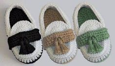 Crochet Baby Booties Crochet Baby Boy Booties Loafers by Leftystitches on Etsy. Crochet Baby Shoes, Crochet Baby Booties, Crochet Slippers, Crochet Clothes, Baby Boy Booties, Baby Boots, Baby Slippers, Baby Kind, Cotton Crochet