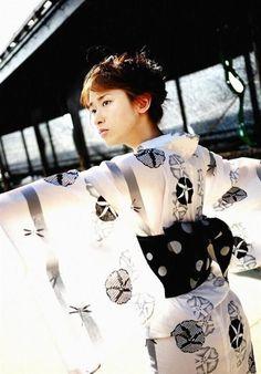 pretty samii in Kimono You Are My Soul, Ninomiya Kazunari, Yukata, Rap Monster, Japanese Fashion, Idol, Kimono, Men Casual, Actors