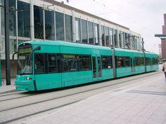 S 8NGTW - Flexity Classic - Nr. 237 als VGF-Linie 12 am 21.05.2008 auf dem Willy-Brandt-Platz.
