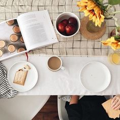 Love how our Milo Linen Table Runner looks on @dearestdaughters's #fall table! Beautiful! #CrateStyle by crateandbarrel