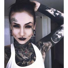 Monami Frost is tattoo goals!