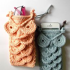 Little crochet owl accessories holders...it'd be really cute as a mini purse.