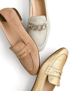 Crew womens Charlie loafers in suede lucite chain and metallic. - Loafers Outfit - Ideas of Loafers Outfit - J.Crew womens Charlie loafers in suede lucite chain and metallic. Tan Loafers, Loafers Outfit, Penny Loafers, Loafer Shoes, Brogues, Loafers For Women Outfit, Metallic Loafers, Loafers Women, Ray Bans