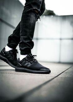 0127e1557e1 Mens size Adidas Y-3 PureBoost Triple Black unauthorized shoes