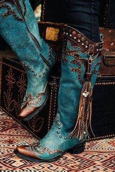 Ybarra turquoise from Double D Ranch by Lane DD9048B