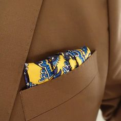 #pocketsquare #turnbullandasser #yellow #blue #silk