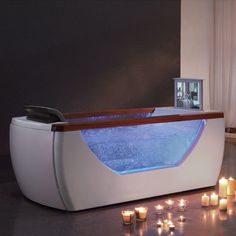 ℒᎧᏤᏋ~ℒᎧᏤᏋ this awesome Whirlpool Bathtub with a pop up tv!!!! ღ❤ღ