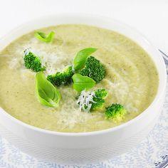 Krem z brokułów. Cream Soup, Mozzarella, Soup Recipes, Keto, Fruit, Ethnic Recipes, Food, Essen, Meal