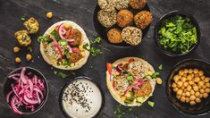Falafel zcizrny - Proženy Falafel, Bruschetta, Avocado Toast, Hummus, Fresh, Breakfast, Health, Ethnic Recipes, Food