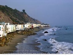 Houses in Malibu lining the Pacific Ocean