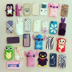 Wishing I had such cute cases for my phone!! Blimey iPhones and Samsungs for monopolizing the industry.. lol