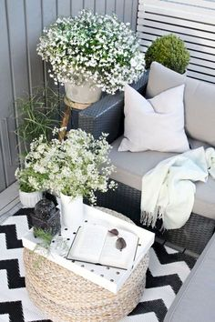 Cool 51 Trendy Apartment Balcony Decoration Ideas. More at https://trendyhomy.com/2018/06/05/51-trendy-apartment-balcony-decoration-ideas/