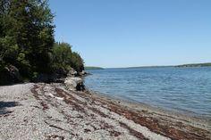 Shiver Me Timbers. A favorite. On shoreline sleeps 8. 1200. No pets.