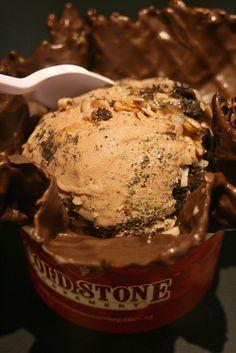 Germanchökolätekäke @ Cold Stone Creamery... delicious.