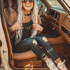 Road trip, anyone? Link in bio to shop Pura Vida Model: @dreaming_outloud Photographer: @bryce__miller #puravidabracelets #livefree #roadtrip #adventure