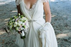 Dress Designer: Jenny Packham - Waiheke Island Wedding by Joanna Wickham - via Magnolia Rouge
