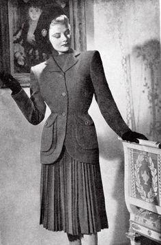 1940s Image from Harrods Fashion Catalogues. Via Harrods.