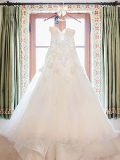 Glamorous wedding dress idea; photo: Honey Honey Photography