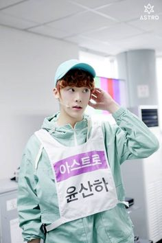 [18.04.16] Behind the scene from Music show promotions - SanHa