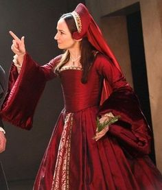 Anne Boleyn's Red Gown (Wolf Hall, Aldwych Theatre, 2014)