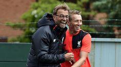 Trainingsstart in Liverpool | Klopp freut sich wie ein kleiner Junge - Fussball - Bild.de