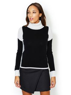 Cashmere Colorblocked Turtleneck Sweater by Qi Cashmere