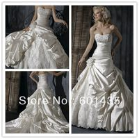 Free Shipping! Free Custom-made Service! WR1698 Classic Handmade Flowers Ball Gown Wedding Dress