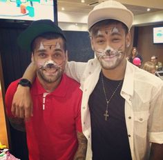 "Neymar y Dani Alves ""friendship goals"""