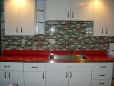 red countertop!