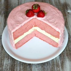 Strawberry Cheesecake Cake