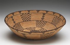 Basketry Bowl with Checkerboard and Arrowhead Motif West Apache Created: circa 1900 Dimensions: H Diameter Apache Native American, Native American Regalia, Native American Artists, Indian Baskets, Japanese Bamboo, Pine Needle Baskets, Contemporary Ceramics, Museum Collection, Native Art