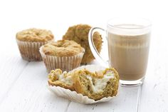 Fall flavors in a low carb muffin! These pumpkin cream cheese muffins are always a hit Pumpkin Pecan Cobbler, Pumpkin Spice Latte, Pumpkin Protein Smoothie, Pumpkin Cream Cheese Dip, Low Carb Bread, Keto Bread, Nutella Muffins, Pumpkin Muffin Recipes, Low Carb Sweets