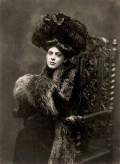 Ethel Barrymore, American actress, 1901