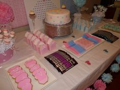 """Photo 1 of 18: Girl or Boy????? / Gender Reveal """"Team pink or Team Blue""""   Catch My Party"""