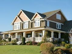 Two things I love: Craftsman style homes and a wrap around porch! katiesaesan